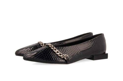 Zapatos GIOSEPPO  IVELAND negros